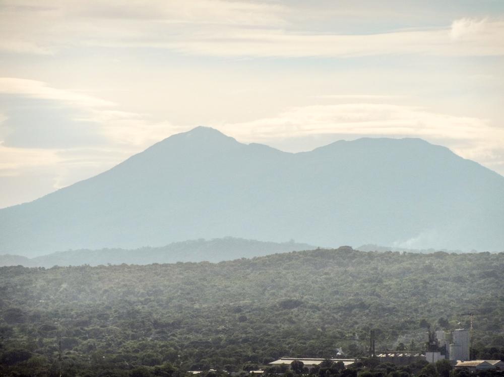 Full zoom of Volcán Mombacho from Coyotepe, Masaya.