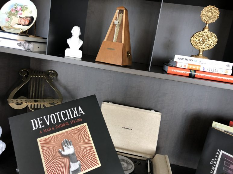 For non-musician guests, the lending library has a collection of 1,000 LPs that can be checked out and played on a record player in each room.